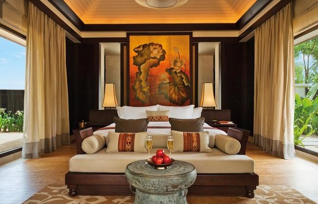 Gallery thumb banyan tree lang co lagoon pool villa room 44245349442 o