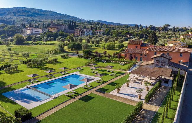 Gallery thumb pool area  l oliveto  villa hombert and the chianti hills